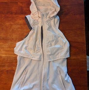 Lululemon vest with hood